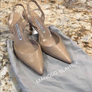 Never worn!  MANOLO BLAHNIK Beige Sling back PUMP